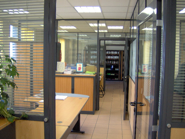 Cloison de bureau u cloisons amovibles et plafond suspendu