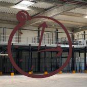 Combien de temps faut-il pour construire une mezzanine industrielle autoportante ?